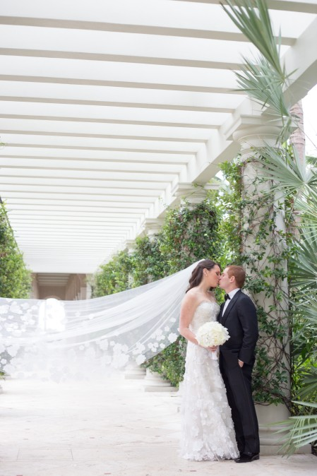 corwin_kiss_veil_outside