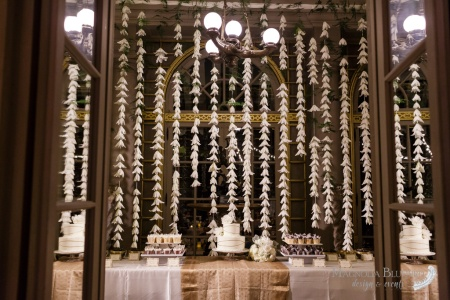 b3f076c625353a22-WhiteLilies_Garland_IndianWedding_MulticulturalWedding_...